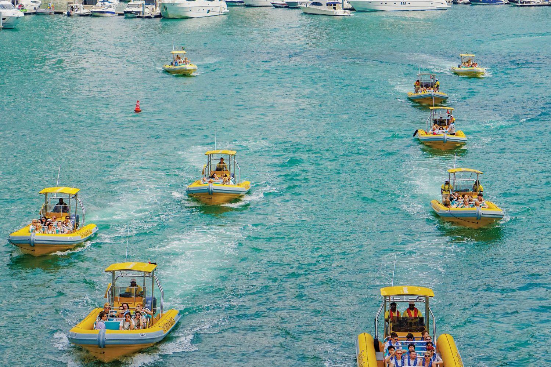 yellow boat tour dubai 2